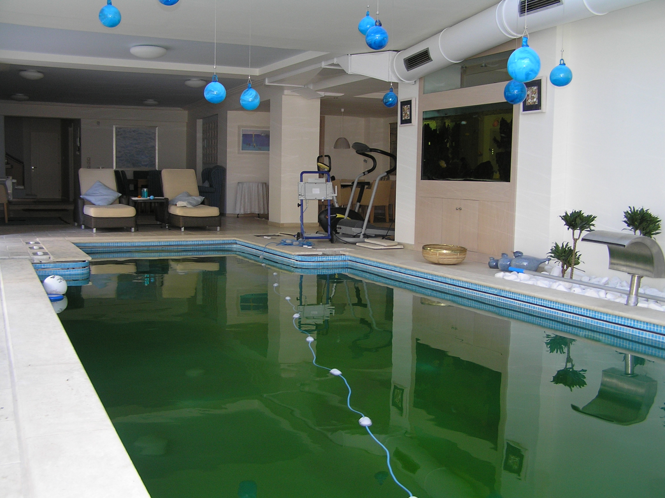helional_solar_water_pool_system_panorama_1